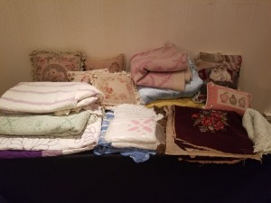 Pillows And Throws Lot