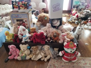 Collectible Bears And Fur Real  Lot