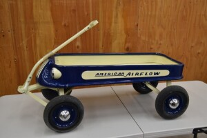 1930s American Airflow Wagon