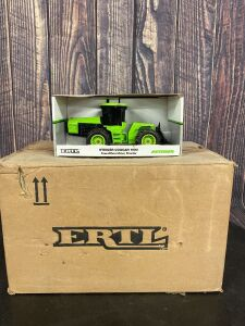 1/32 Scale Ertl Steiger Cougar 1000 FWD Tractor with Duals