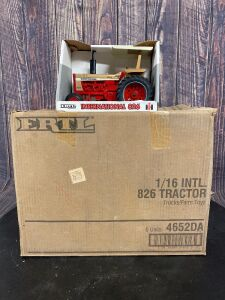 1/16 Scale Ertl International Harvester 826 Collector's Edition Gold Demonstrator