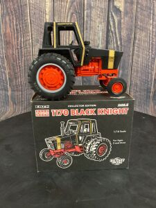 1/16 Scale Ertl Case 1170 Black Knight Collector's Edition