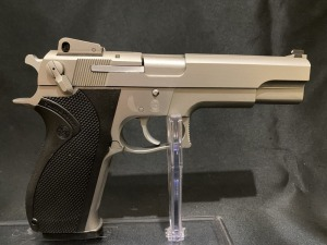 Smith & Wesson Mod 4506
