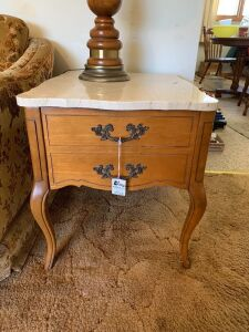 (2) Matching End Tables