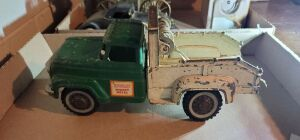 Hubley tow truck