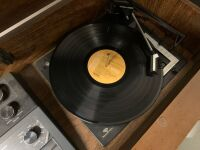 NEW LOT - Magnavox Record Player - 3