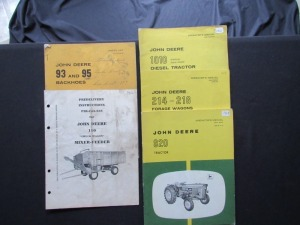 John Deere Parts Lists and Operator's Manuals (5)