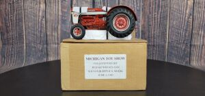 1/16 Scale L&J Replica Custom International Harvester 660 Diesel Wheatland