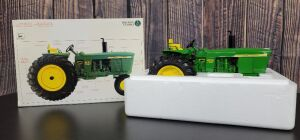1/16 Scale Ertl John Deere Power Shift 4020 Diesel