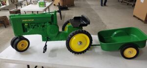 Pedal Scale Ertl John Deere Model A set w/original tractor-cycle assembly instructions
