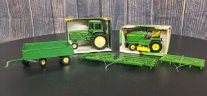 Various Scale Ertl/Slik John Deere (4)-items