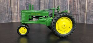 1/16 Scale Ertl John Deere High Post A
