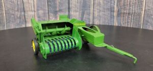 1/16 Scale Eska John Deere Model 14T