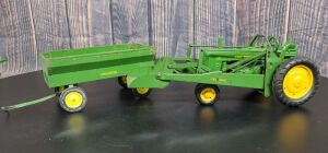 1/16 Scale Eska/Ertl John Deere (2)-items