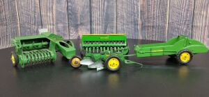 1/16 Scale Eska John Deere (4)-implements w/metal rims