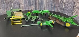 1/16 Scale Eska/Ertl John Deere (5)-implements