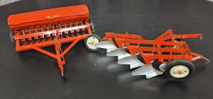 1/16 Scale Carter Tru-Scale (2)-implements w/metal rims
