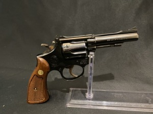 SMITH & WESSON K22 MASTERPIECE MODEL 18-3