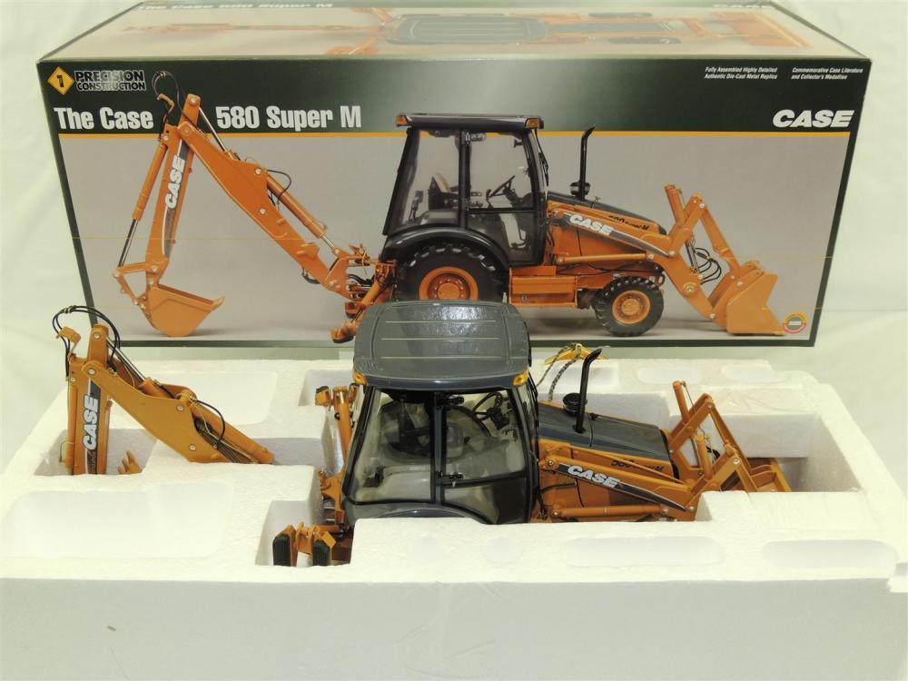 1/16th Ertl Case 580 Super M