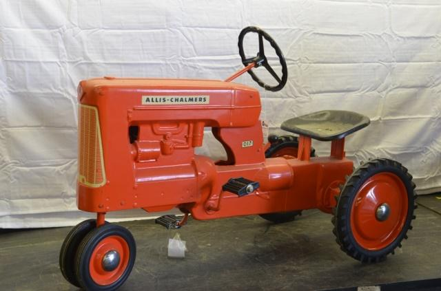 1958 Allis Chalmers D17 Pedal Tractor