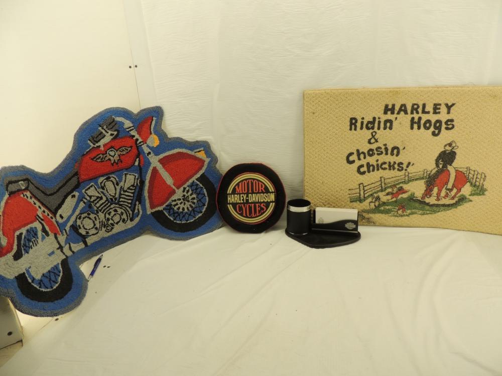 Lot 4134 Of 259 Harley Davidson Desk Set Frisbee Door Mats