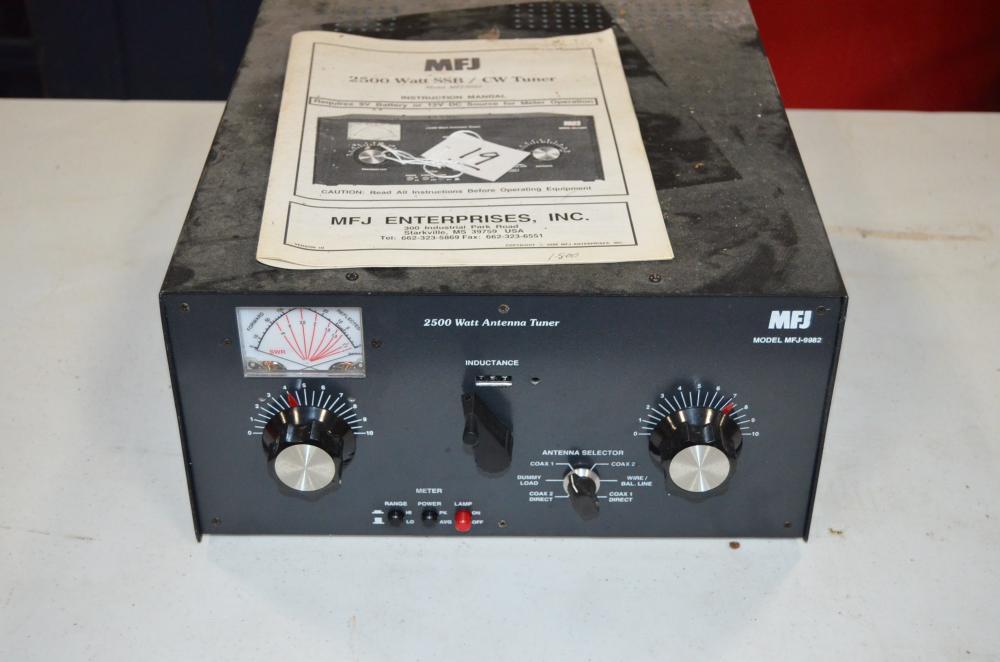 MFJ 2500 Watt SSB / CW Tuner