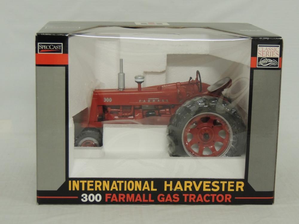 1/16th Spec Cast Farmall 300 Gas