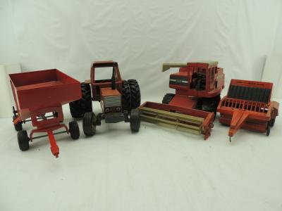 Various Scales Ertl/Scale Models Various Makes (4)- items
