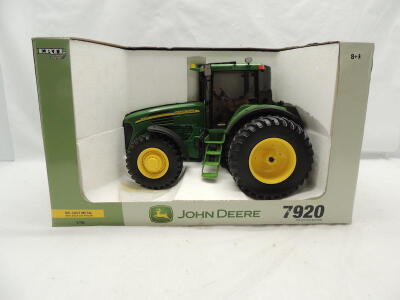 1/16th RC2 John Deere 7920