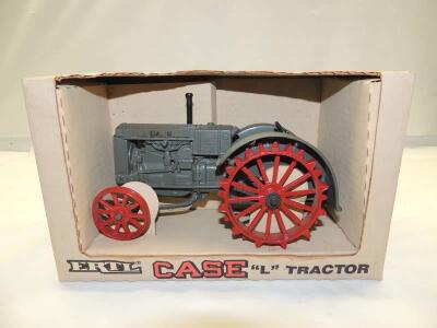 1/16th Ertl Case (2)-Special Edition wide front tractors w/fenders