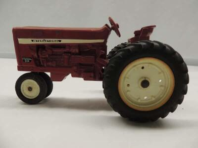 1/16th Ertl Farmall/International (2)-narrow front tractors