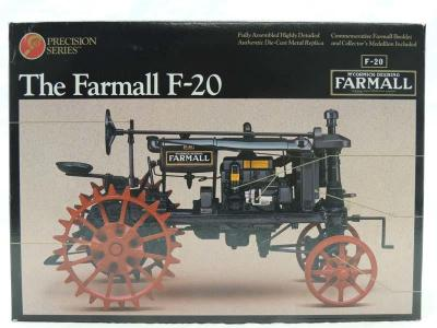 1/16th Ertl McCormick-Deering Farmall F-20 On Steel